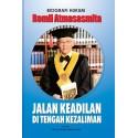 Biografi Hukum Romli Atmasasmita - Jalan Keadilan di Tengah Kezaliman